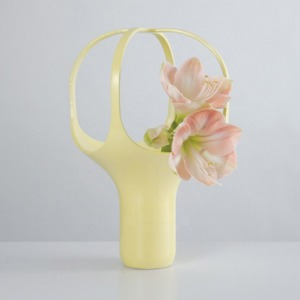 HEIRLOOM VASE 2 - LIGHT YELLOW