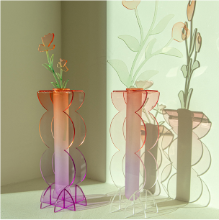 ROUNDED M - ACRYLIC VASE (6 COLORS)